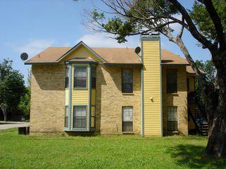 203 W Trinity St, Forney, TX 75126