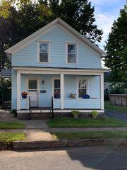 32 Vanderheyden St, Glens Falls, NY 12801
