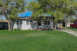 107 N Hillside St, Red Oak, TX 75154