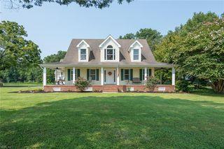 1460 Taft Rd, Chesapeake, VA 23322