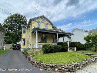 8 W Harrison St, Tunkhannock, PA 18657