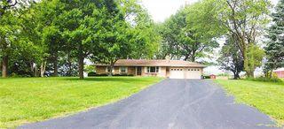 11708 Hills Ln, Kearney, MO 64060