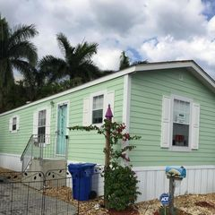 2 View St, Lake Worth, FL 33462