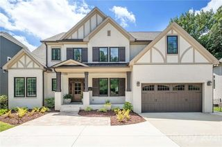 414 N Sharon Amity Rd, Charlotte, NC 28211