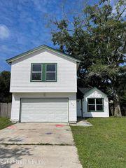8144 Colonnade Ct W, Jacksonville, FL 32244