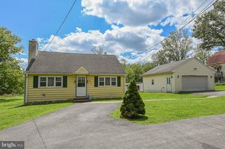 417 W Township Line Rd, East Norriton, PA 19403