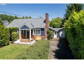 3825 SE Malden St, Portland, OR 97202