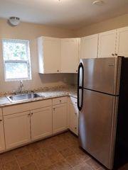 418 Farmington Ave, New Britain, CT 06053