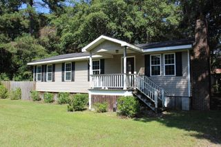 3206 Isle Of Wight Rd, Midway, GA 31320
