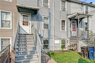 17 Redfield St, New Haven, CT 06519
