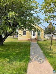 1507 8th Ave, Two Harbors, MN 55616