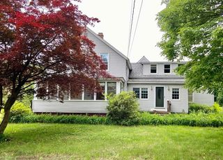 388 Pine St, Amherst, MA 01002