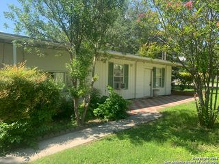 203 Altgelt Ave, Balcones Heights, TX 78201