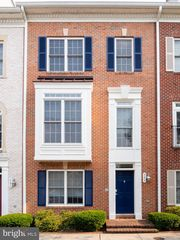 803 McHenry St, Baltimore, MD 21230
