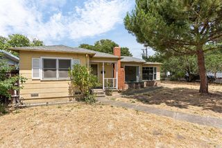 3245 Hoen Ave, Santa Rosa, CA 95405