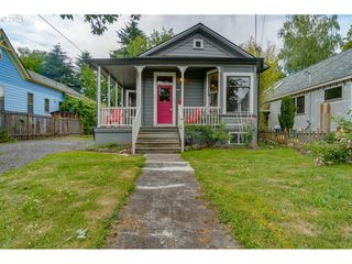 528 NE Tillamook St, Portland, OR 97212