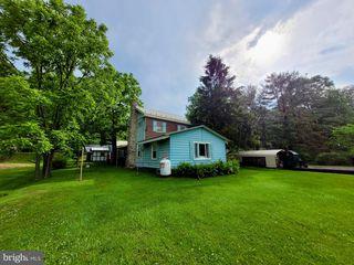 15643 Fishers Ln, James Creek, PA 16657
