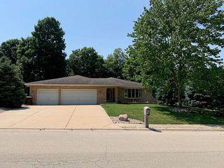 1 Warren Ave, New Lenox, IL 60451