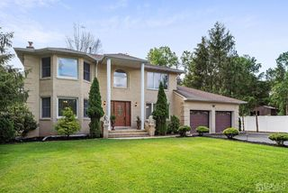 187 Old Forge Rd, Monroe Township, NJ 08831
