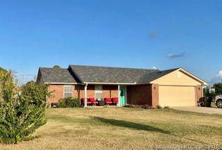 51 Green Oak St, Lone Grove, OK 73443