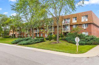 1 Villa Verde Dr #212, Buffalo Grove, IL 60089