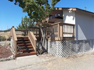 4305 Petaluma Hill Rd, Santa Rosa, CA 95404