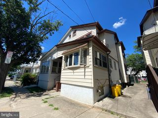 818 Revere Ave, Trenton, NJ 08629