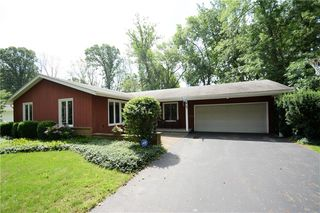 75 Hemlock Woods Ln, Rochester, NY 14615