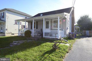 330 R St, Steelton, PA 17113