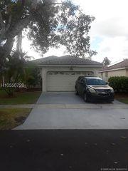 18323 NW 7th St, Pembroke Pines, FL 33029