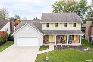 4010 W Rustic Hollow Dr, Peoria, IL 61615