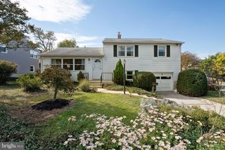 32 Delrey Ave, Catonsville, MD 21228