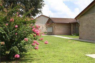 1301 S Tyler St, Beeville, TX 78102