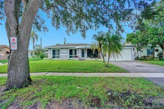 1093 Long Island Ave, Fort Lauderdale, FL 33312