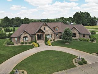 4388 Hillview Dr NW, Strasburg, OH 44680