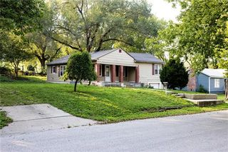 114 N Evanston Ave, Independence, MO 64053
