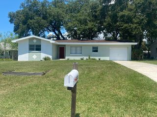 1923 Flora Rd, Clearwater, FL 33755