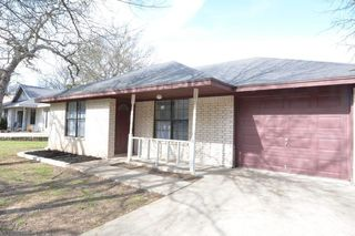 8 Catalpa Ct, Belton, TX 76513