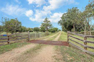 200 Fayetteville Farms Rd, Fayetteville, TX 78940