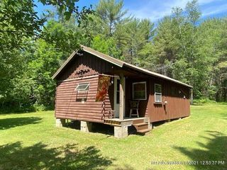 20 Hole In The Wall Rd, Solon, ME 04979