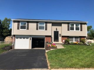 304 Westerly Hills Dr, Englewood, OH 45322