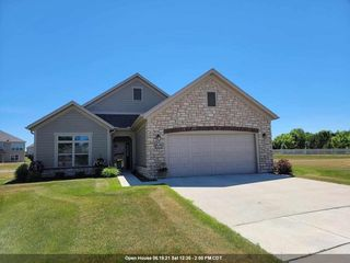 3418 Peppergrass Ct, Green Bay, WI 54311