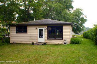 1497 Lakeview Dr, White Haven, PA 18661