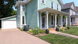 1409 Mulberry Ave, Muscatine, IA 52761