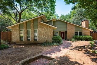 3123 Willow Bend Ct, Bedford, TX 76021