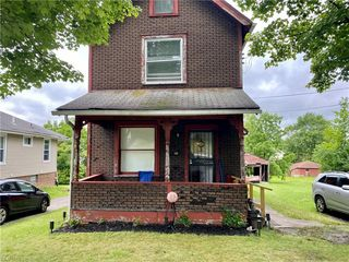 922 Dean Ave, Youngstown, OH 44505