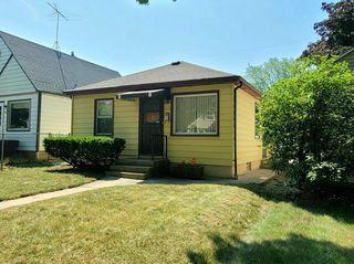 907 E Holt Ave, Milwaukee, WI 53207