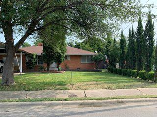6423 Fisher Rd, Dallas, TX 75214