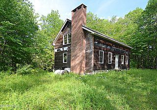 80 Town Hill Rd, Middlefield, MA 01243