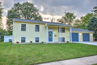 1670 South Dr, Columbus, IN 47203
